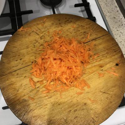 Фото рецепта - Сливочный суп с горбушей и картофелем - шаг 1