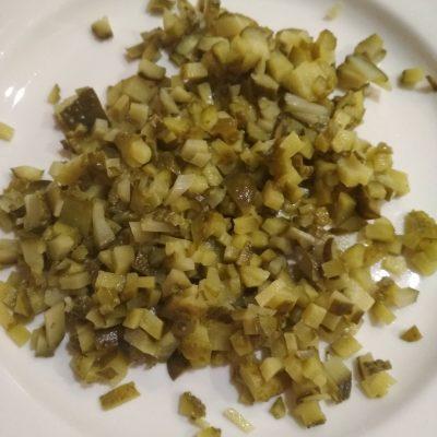 Фото рецепта - Закусочные трубочки с салатом из курицы и огурца - шаг 4