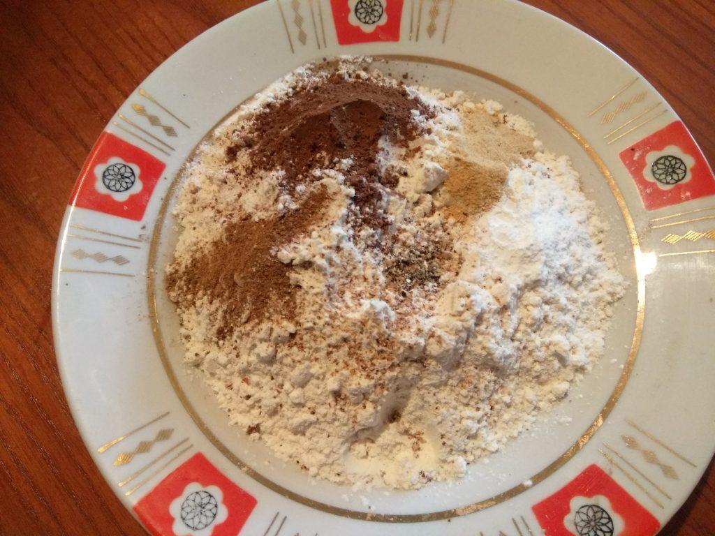 """Фото рецепта - Имбирное печенье """"Веселого Рождества"""" - шаг 3"""