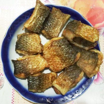 Жареный пеленгас на сковороде - рецепт с фото