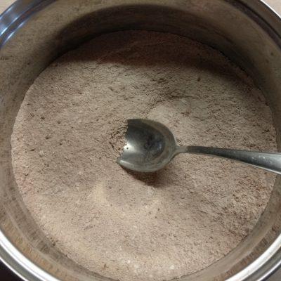 Фото рецепта - Шоколадный пирог с кокосовой стружкой на молоке - шаг 1
