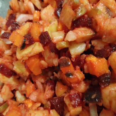 Фото рецепта - Винегрет из запечённых овощей с огурцами - шаг 6