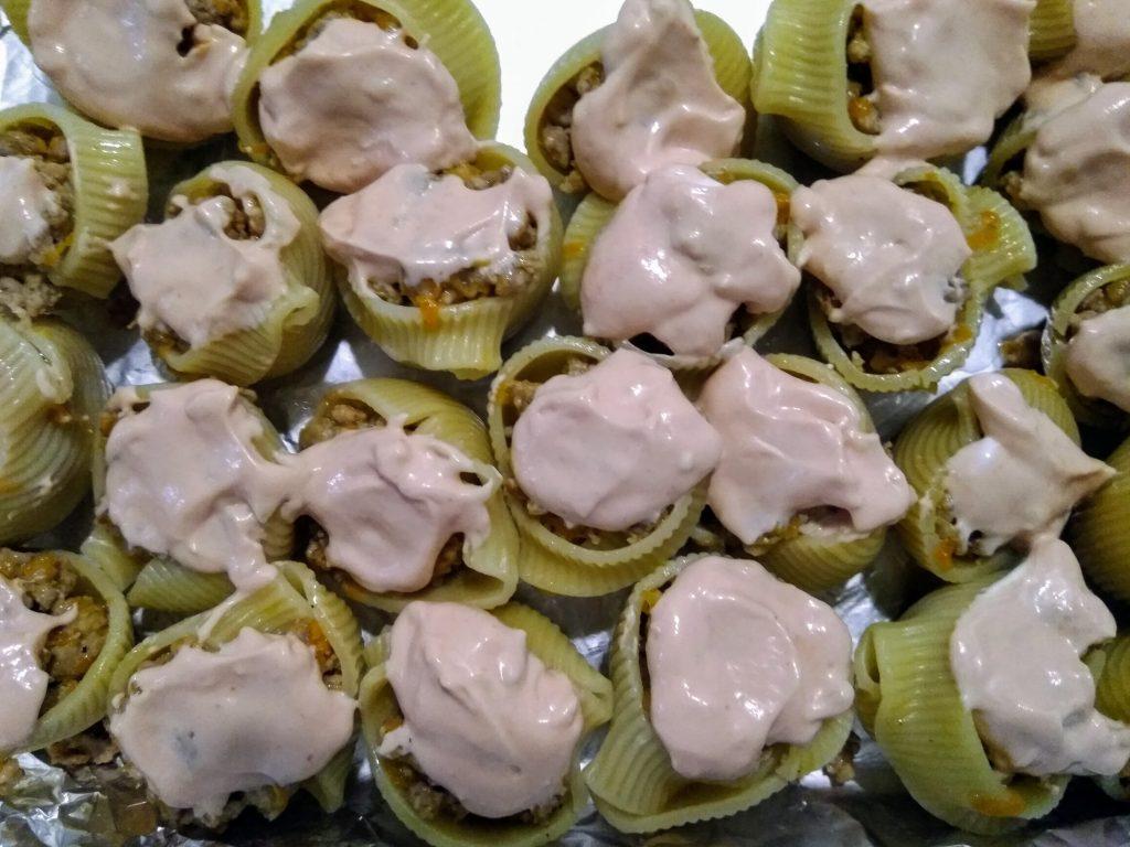 Фото рецепта - Итальянские ракушки фаршированные фаршем (Конкильони) - шаг 5