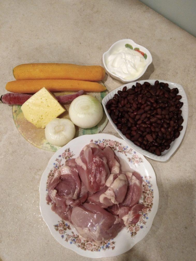 Фото рецепта - Запеченная фасоль с куриной грудкой под сырной шубкой - шаг 1