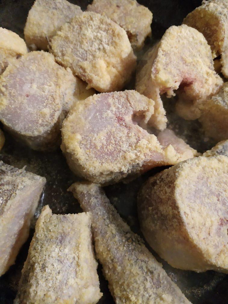 Фото рецепта - Сочная жареная рыба в кляре - шаг 2
