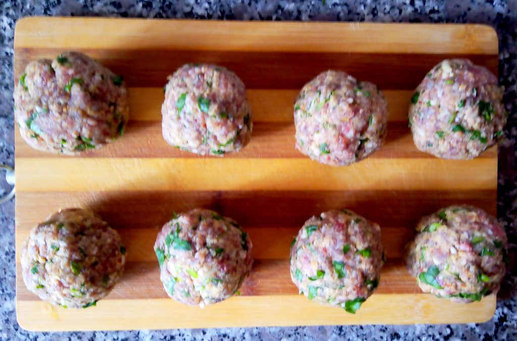 Фото рецепта - Турецкий шиш из говядины – кёфте по домашнему - шаг 3