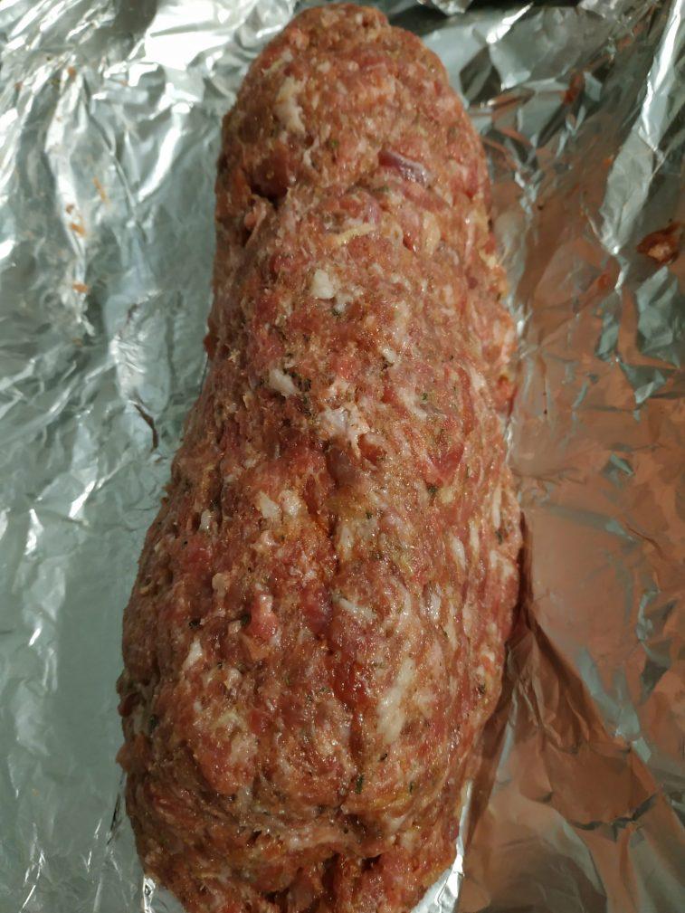 Фото рецепта - Мясной рулет из свинины (колбаса) - шаг 3