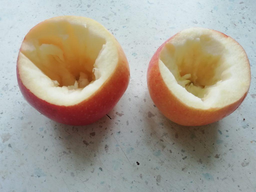 Фото рецепта - Яблоки с медом в духовке - шаг 2