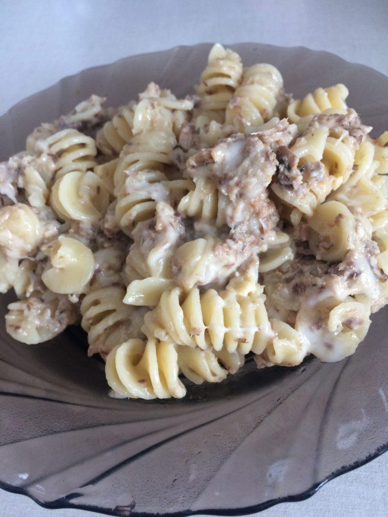 Фото рецепта - Паста с сардиной и сыром - шаг 6