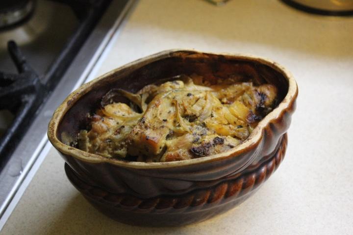 Фото рецепта - Домашний петух в сметанном соусе со специями - шаг 4
