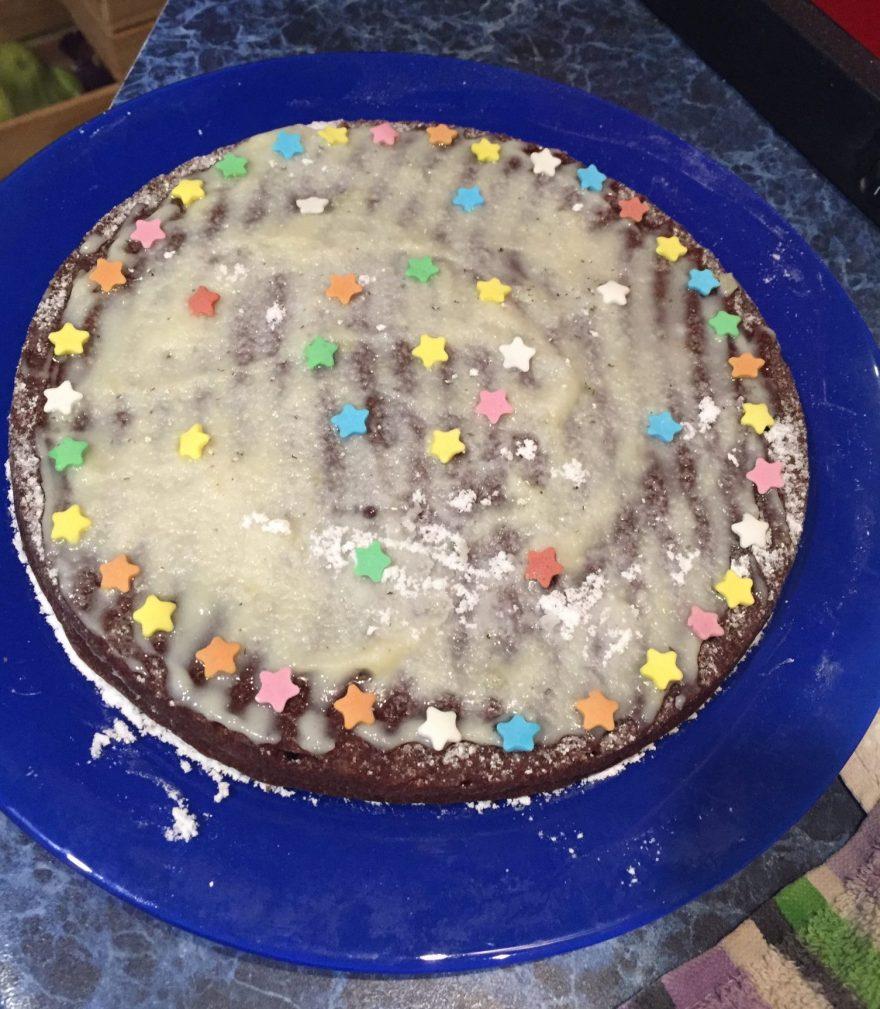 Фото рецепта - Шоколадный кекс на основе манки и какао - шаг 7
