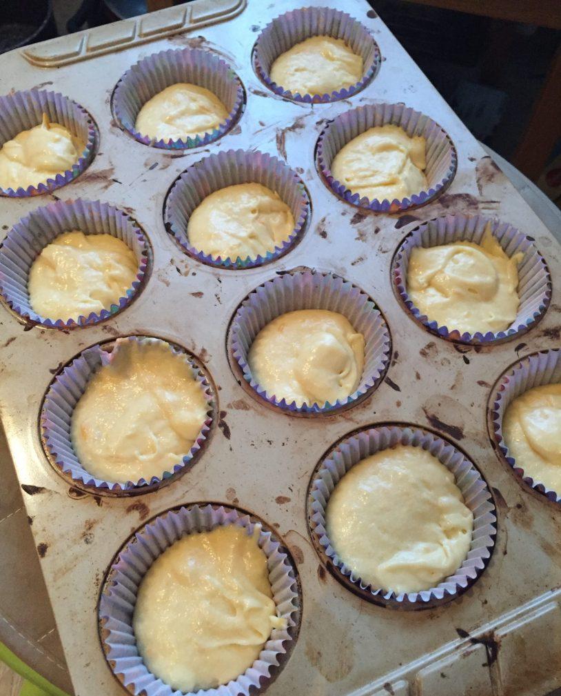 Фото рецепта - Апельсиновые кексы с ароматом ванили - шаг 6