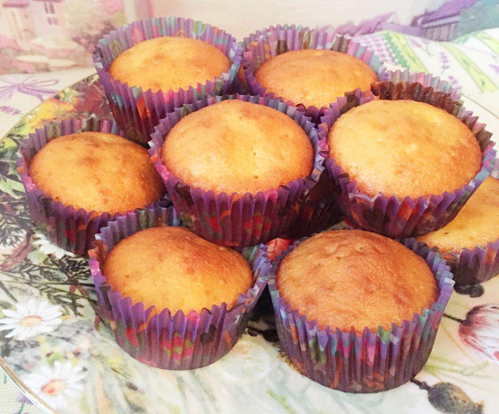 Фото рецепта - Апельсиновые кексы с ароматом ванили - шаг 8