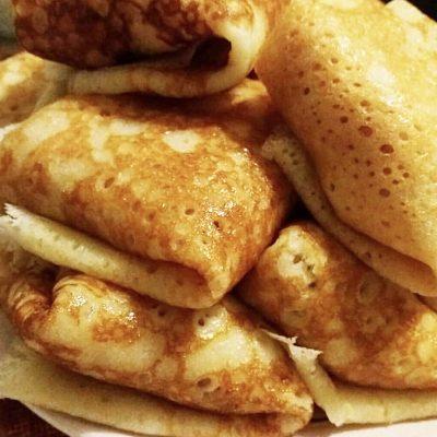 Дрожжевые блинчики с ветчиной и сыром - рецепт с фото