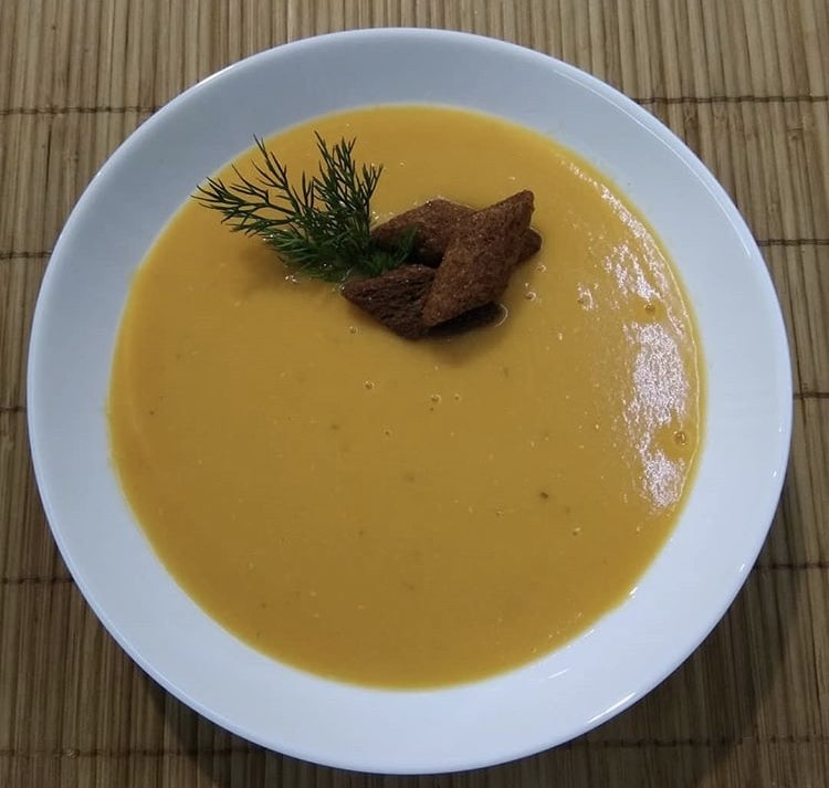 Фото рецепта - Суп-пюре из чечевицы на курином бульоне - шаг 3