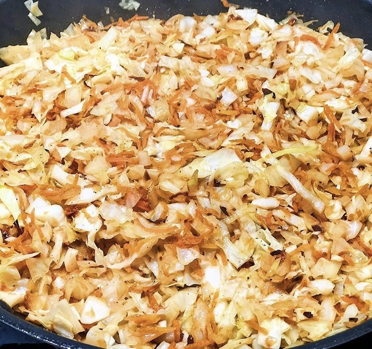 Фото рецепта - Постные пирожки с капустой - шаг 2