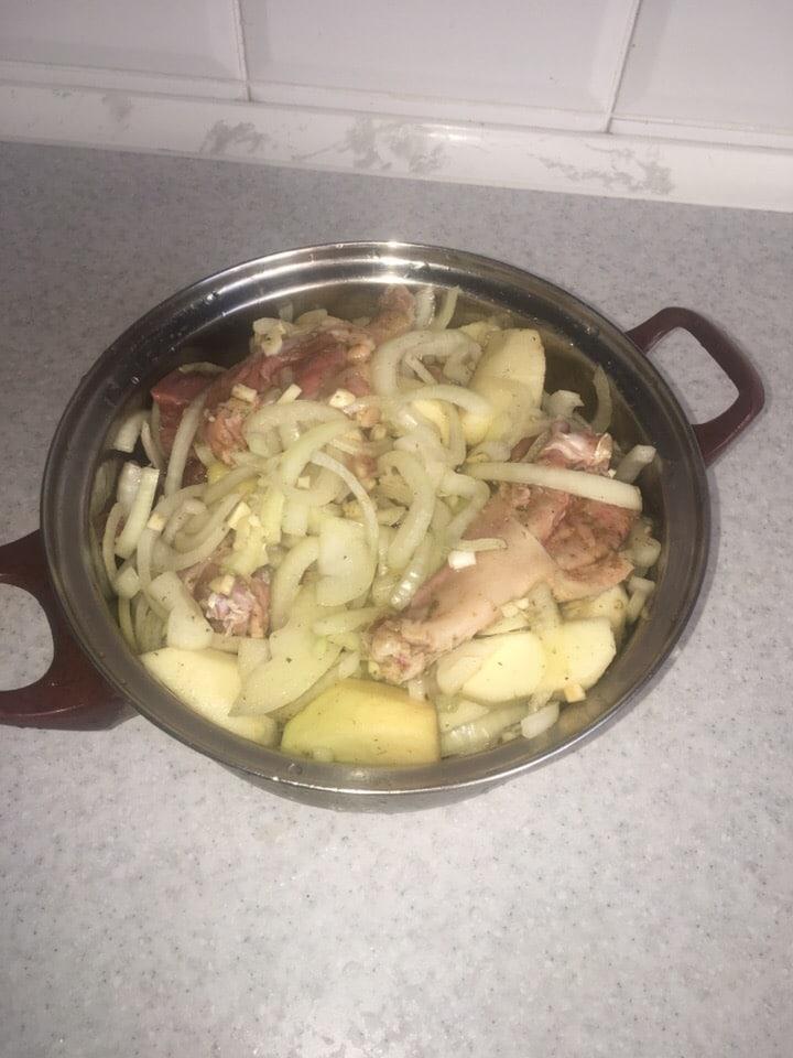 Фото рецепта - Утка, тушенная с яблоками - шаг 2