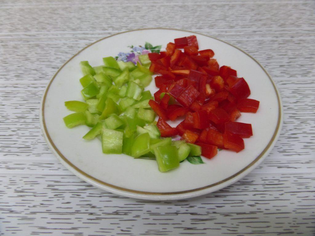 Фото рецепта - Овощное рагу со свининой в горшочках - шаг 6