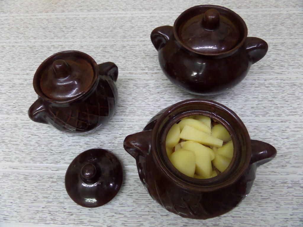 Фото рецепта - Овощное рагу со свининой в горшочках - шаг 16