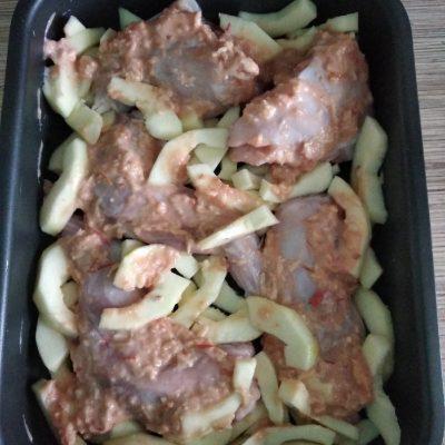 Фото рецепта - Утка с кабачками по-домашнему, в духовке - шаг 2