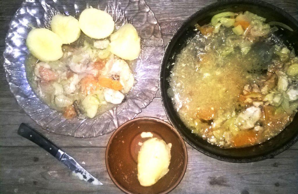 Фото рецепта - Минтай, тушеный с кабачками и картофелем - шаг 4