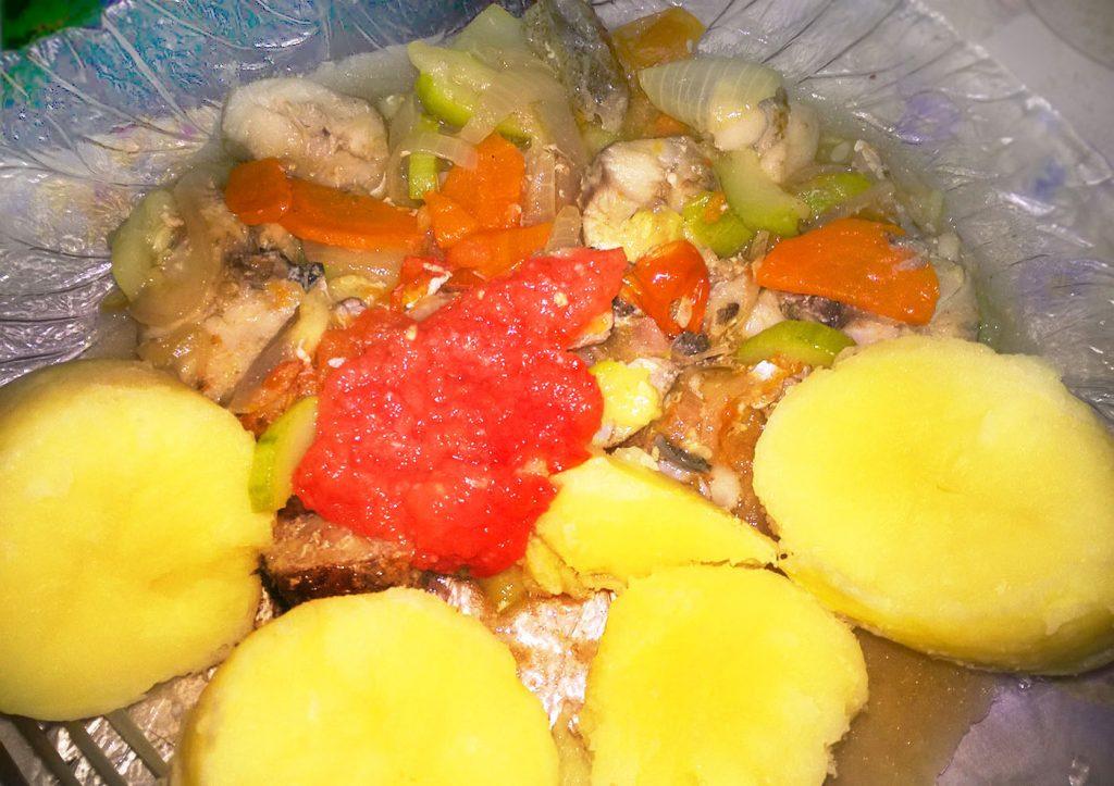 Фото рецепта - Минтай, тушеный с кабачками и картофелем - шаг 5
