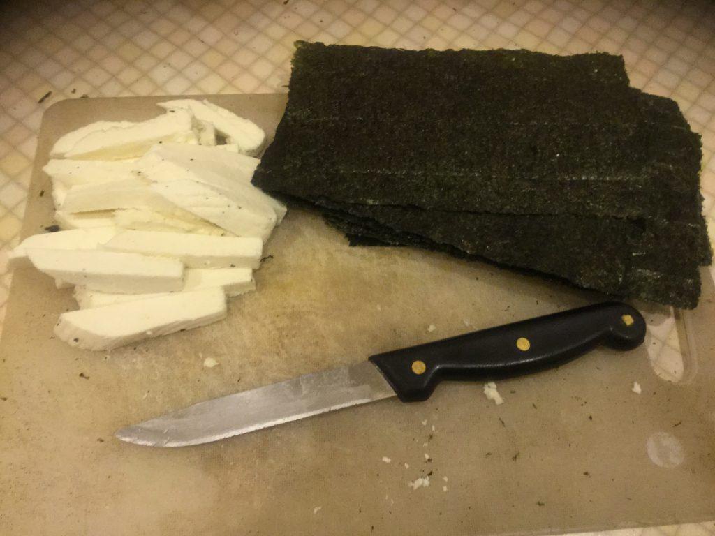 Фото рецепта - Вегетарианские жареные рыбки в кляре - шаг 1