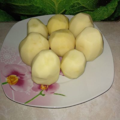 Фото рецепта - Хрустящая, ароматная картошка на праздничный стол - шаг 1