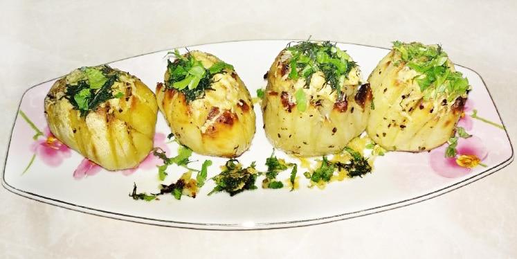 Хрустящая, ароматная картошка на праздничный стол