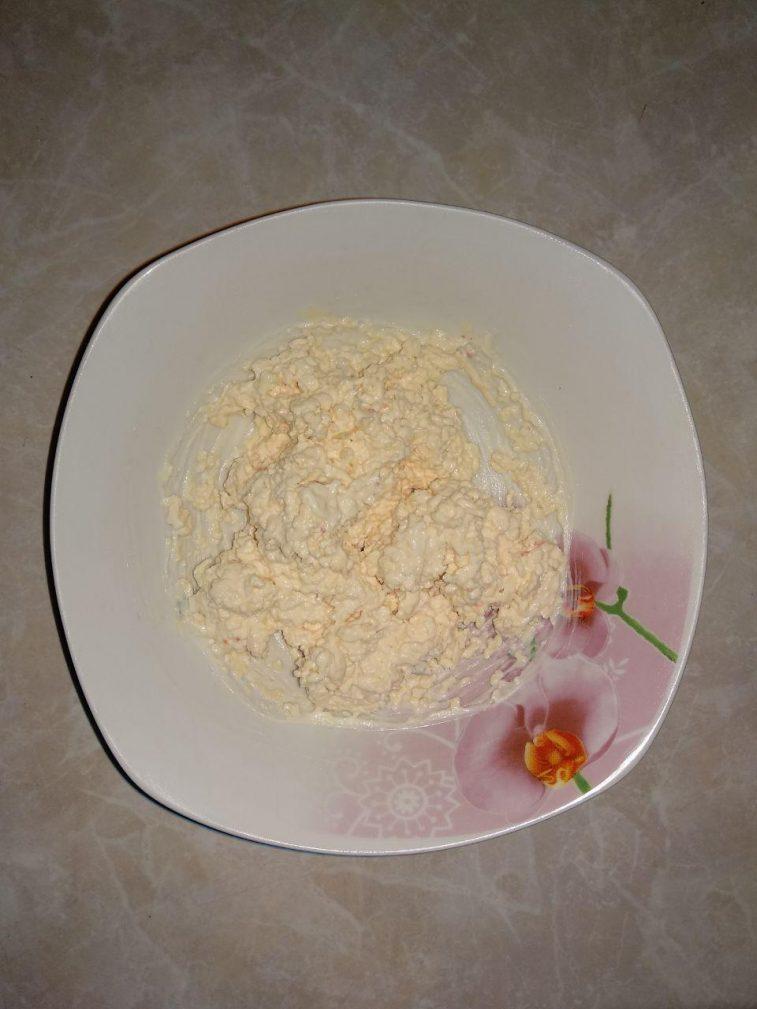 Фото рецепта - Закуска – язык деликатесный с сырной начинкой - шаг 3