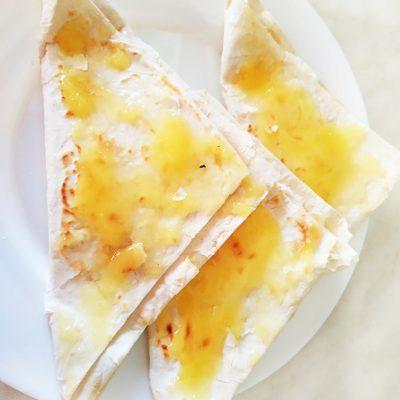 Творожные треугольники из лаваша - рецепт с фото
