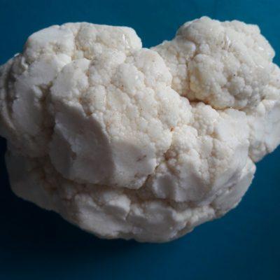 Фото рецепта - Жареная цветная капуста в яичном кляре - шаг 1