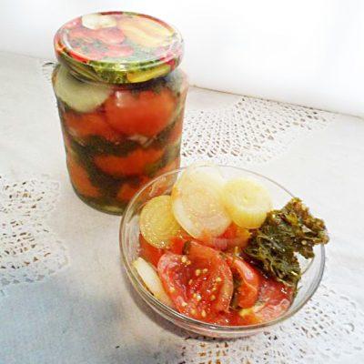 "Салат на зиму ""Мамины помидорки"" - рецепт с фото"