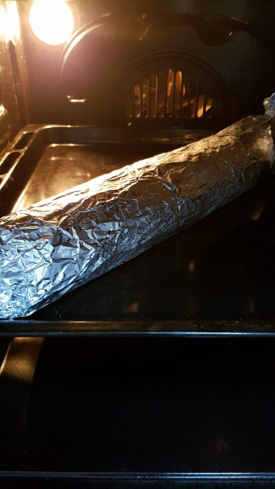 Фото рецепта - Запеченный куриный рулет с шампиньонами и сыром - шаг 7