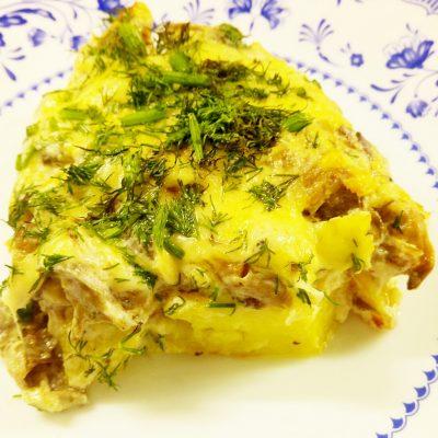 Картофельные дольки в грибном соусе (запеканка) - рецепт с фото
