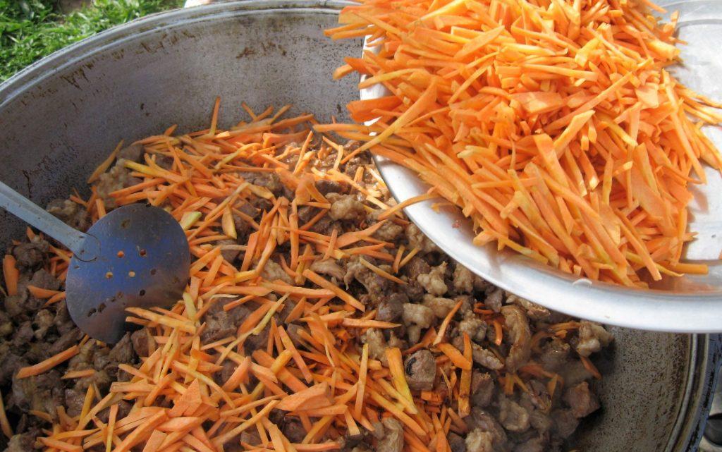 Фото рецепта - Плов по-таджикски, с дымком - шаг 4