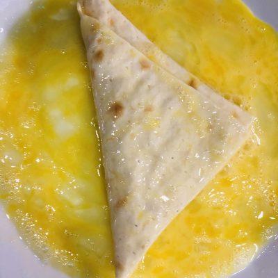 Фото рецепта - Сырные конвертики из лаваша - шаг 7