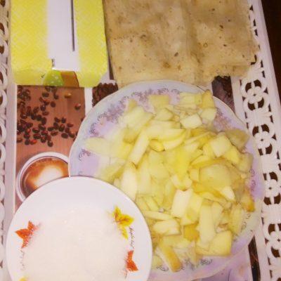 Фото рецепта - Лаваш, фаршированный яблоками - шаг 1
