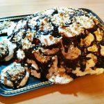Бисквитный торт «Черепаха» со сметанным кремом и шоколадом