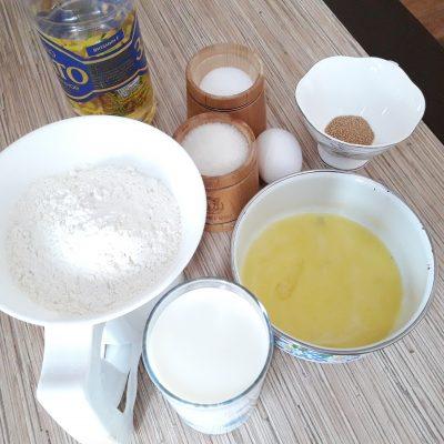 Фото рецепта - Тесто для дрожжевых пирогов (пирожки в духовке) - шаг 1