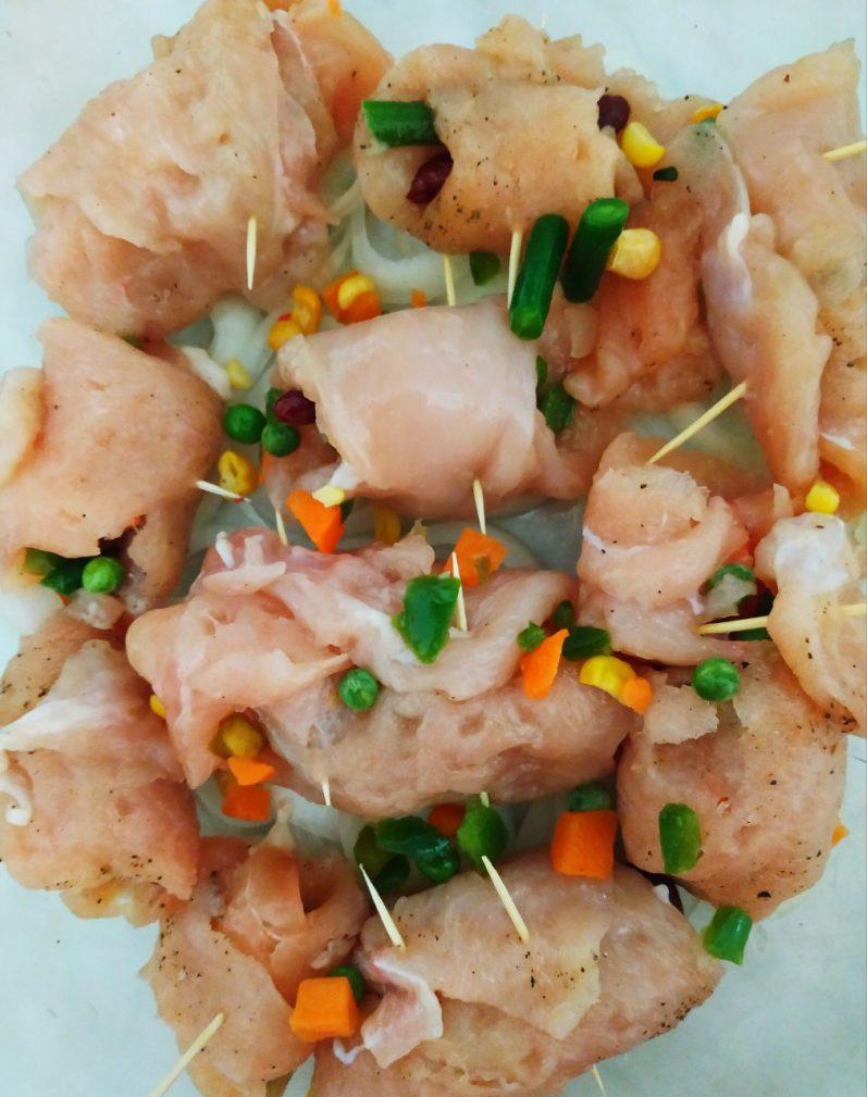 Фото рецепта - Куриное филе, фаршированное овощами (рулетики) - шаг 5