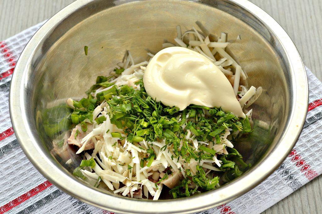 Фото рецепта - Блинчики, фаршированные сыром и курицей - шаг 4
