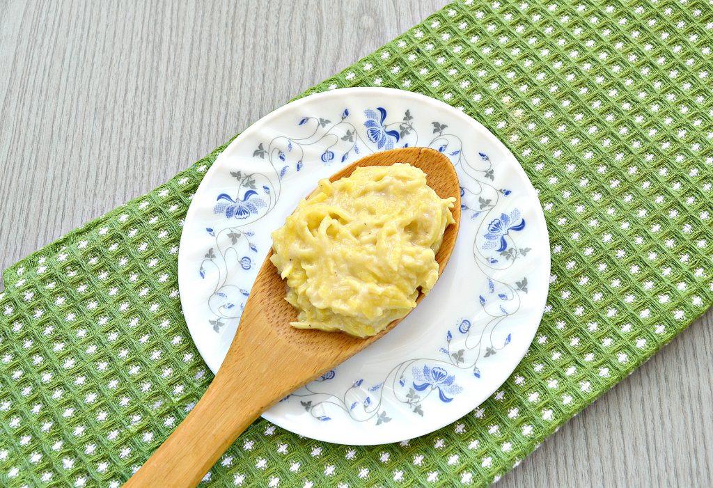 Фото рецепта - Картофельные котлеты с сырной начинкой (драники) - шаг 6