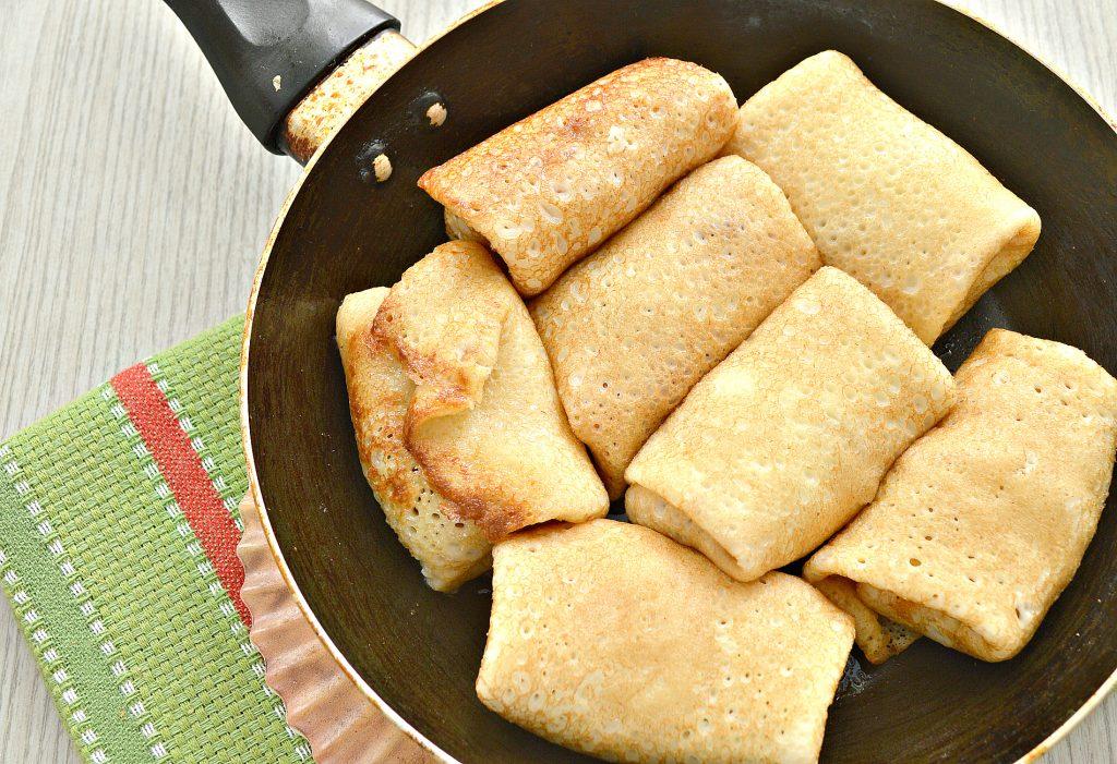 Фото рецепта - Жареные постные блинчики с капустной начинкой - шаг 6