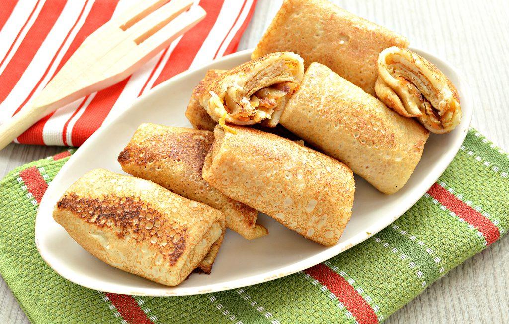 Фото рецепта - Жареные постные блинчики с капустной начинкой - шаг 7