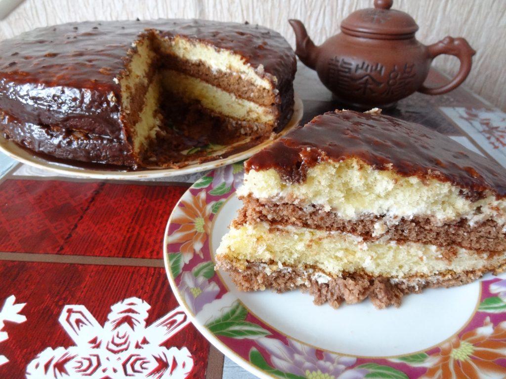 """Фото рецепта - Торт шоколадный """"Бархатный"""" - шаг 9"""
