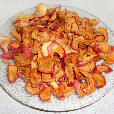 Как правильно сушить яблоки - рецепт с фото
