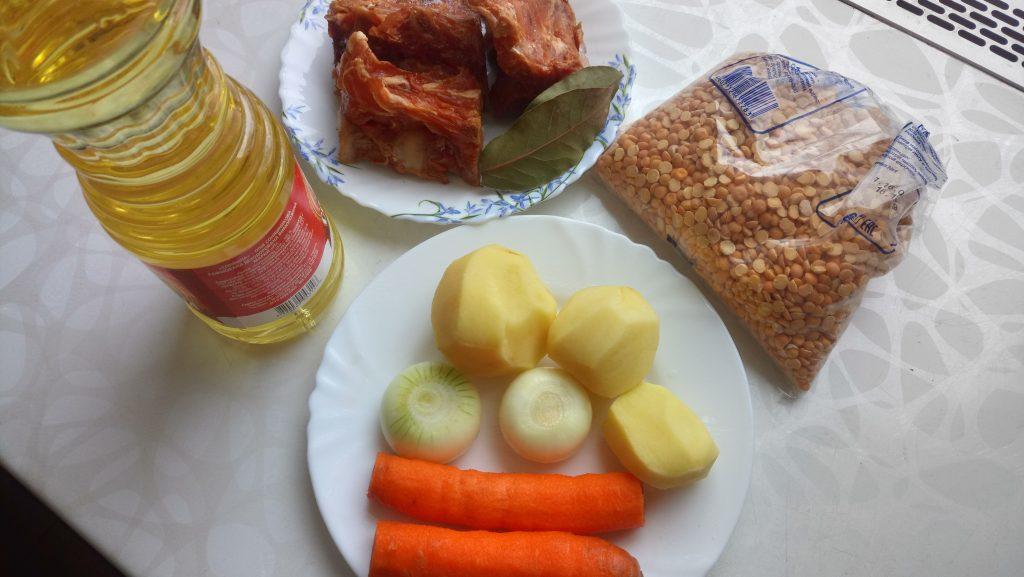 """Фото рецепта - Гороховый суп с копченными свиными ребрами """"Любимый"""" - шаг 1"""