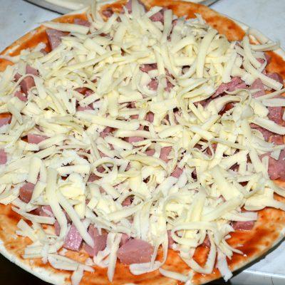 Фото рецепта - Пицца за 10 минут - шаг 5