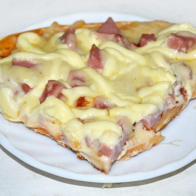 Пицца за 10 минут - рецепт с фото